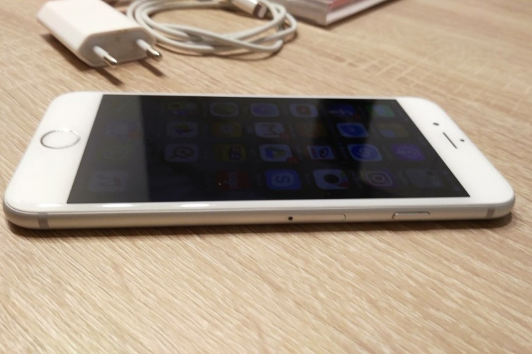 Predám Apple iPhone 6 128GB Silver 293cd14dc8c