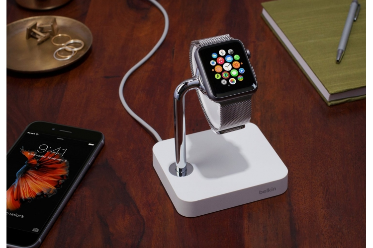 Belkin Watch valet charge dock