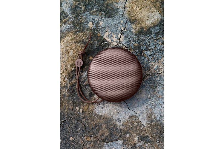 B&O Play BeoPlay A1 Deep Red