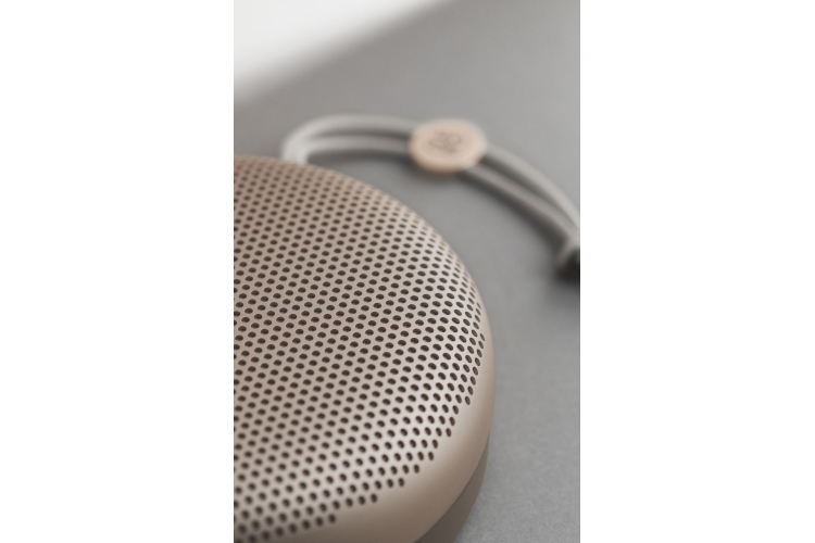 B&O Play BeoPlay A1 Sand Stone