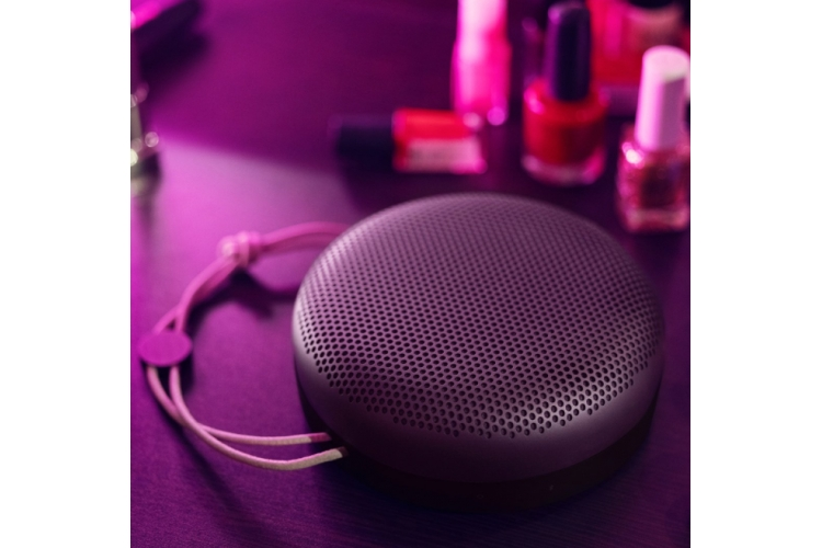 B&O Play BeoPlay A1 Violet